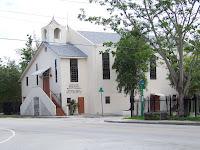 Iglesia Bautista al lado del Cementerio