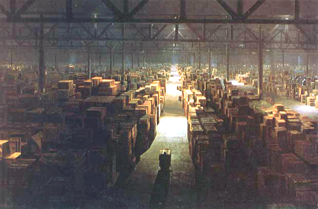 Raiders of the Lost Ark huge government warehouse