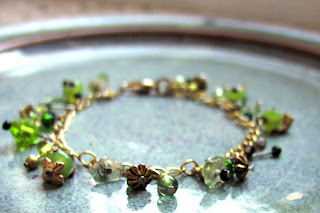 crafty jewelry: what you can do with charm bracelets