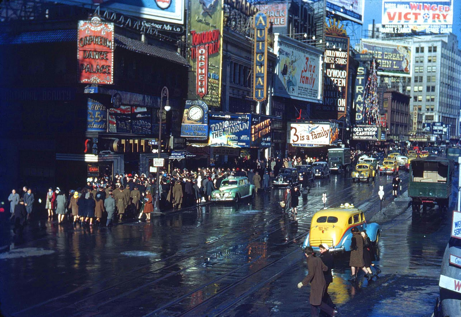 Jeremiah's Vanishing New York: Follies Burlesk
