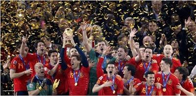 Espanha dá show de bola e leva a taça!