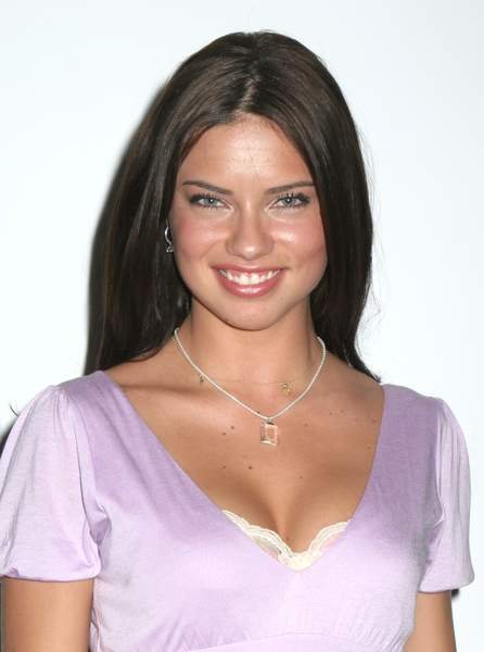 adriana lima hair colour. adriana lima hair color