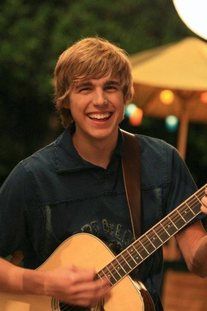 Cody Linley - Photo Colection
