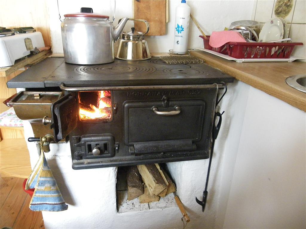 Quelle Küchenofen : Simple living ist nicht unbedingt einfach.: 2010 10