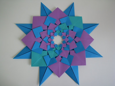 Tomoko Fuse's Origami Quilt Blooming Flowers 1 in Turquoise, Blue, and Purple