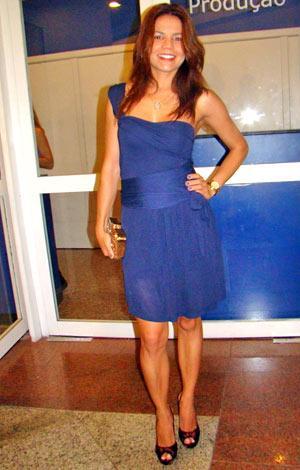 http://3.bp.blogspot.com/_dR0OqaWNn2A/TLnemx1yTBI/AAAAAAAAIJk/6KrTclE_gOg/s1600/57201-show-zeze-luciano-151010-1-original.jpg