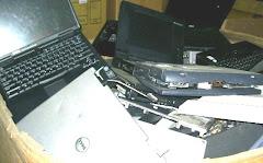"<a href=""http://electronic2u.blogspot.com"">Laptop Scrap</a>"