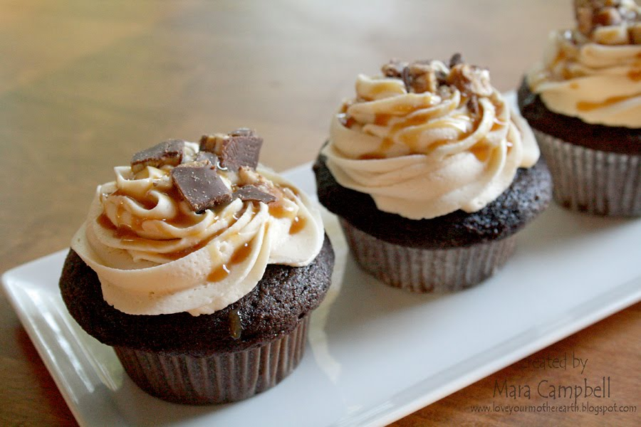 Love Your Mother: Snickers Cupcakes