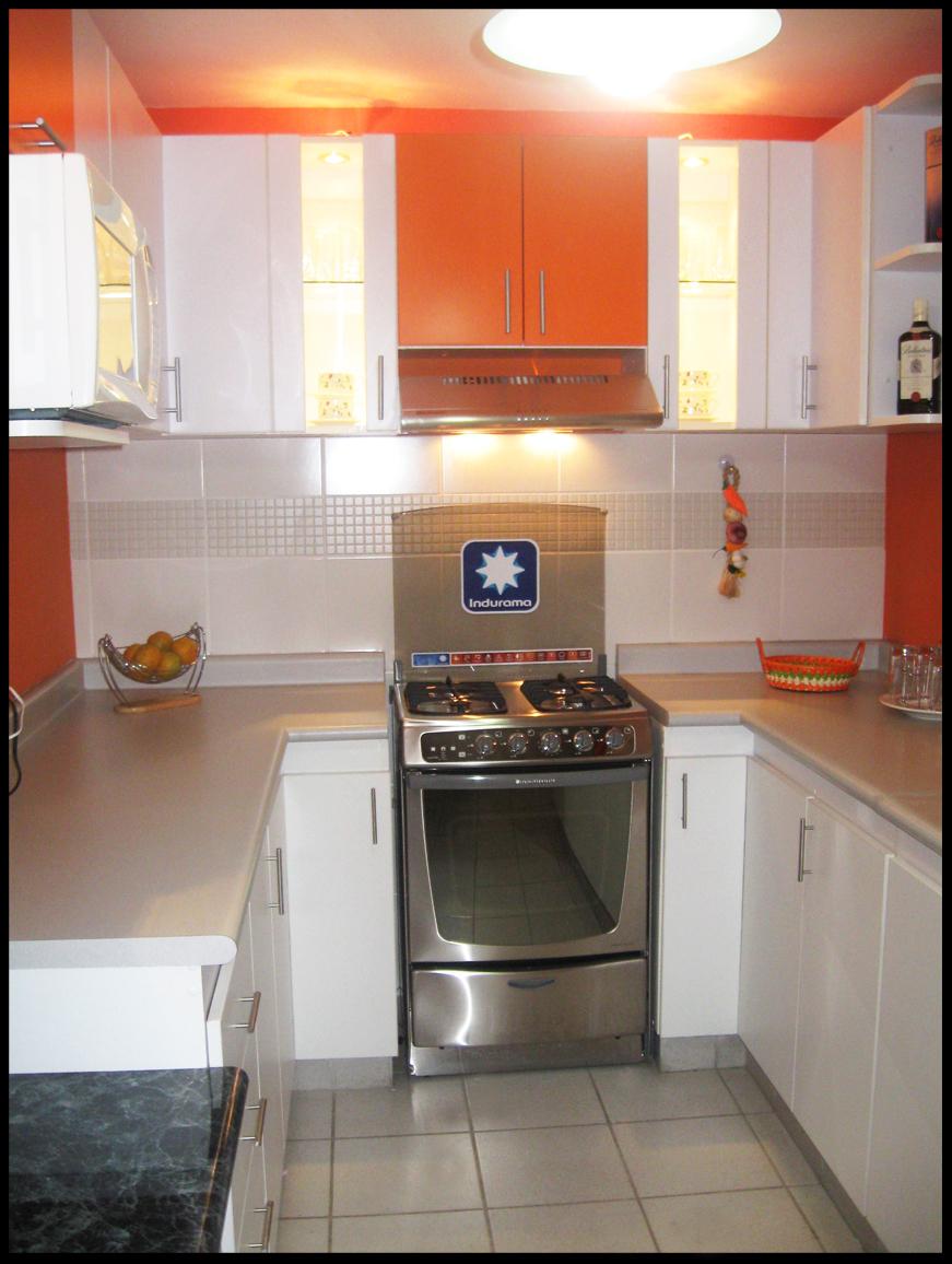 Muebles jose luis chingay mueble de cocina modelo en u for Modelos de muebles para cocina en melamina