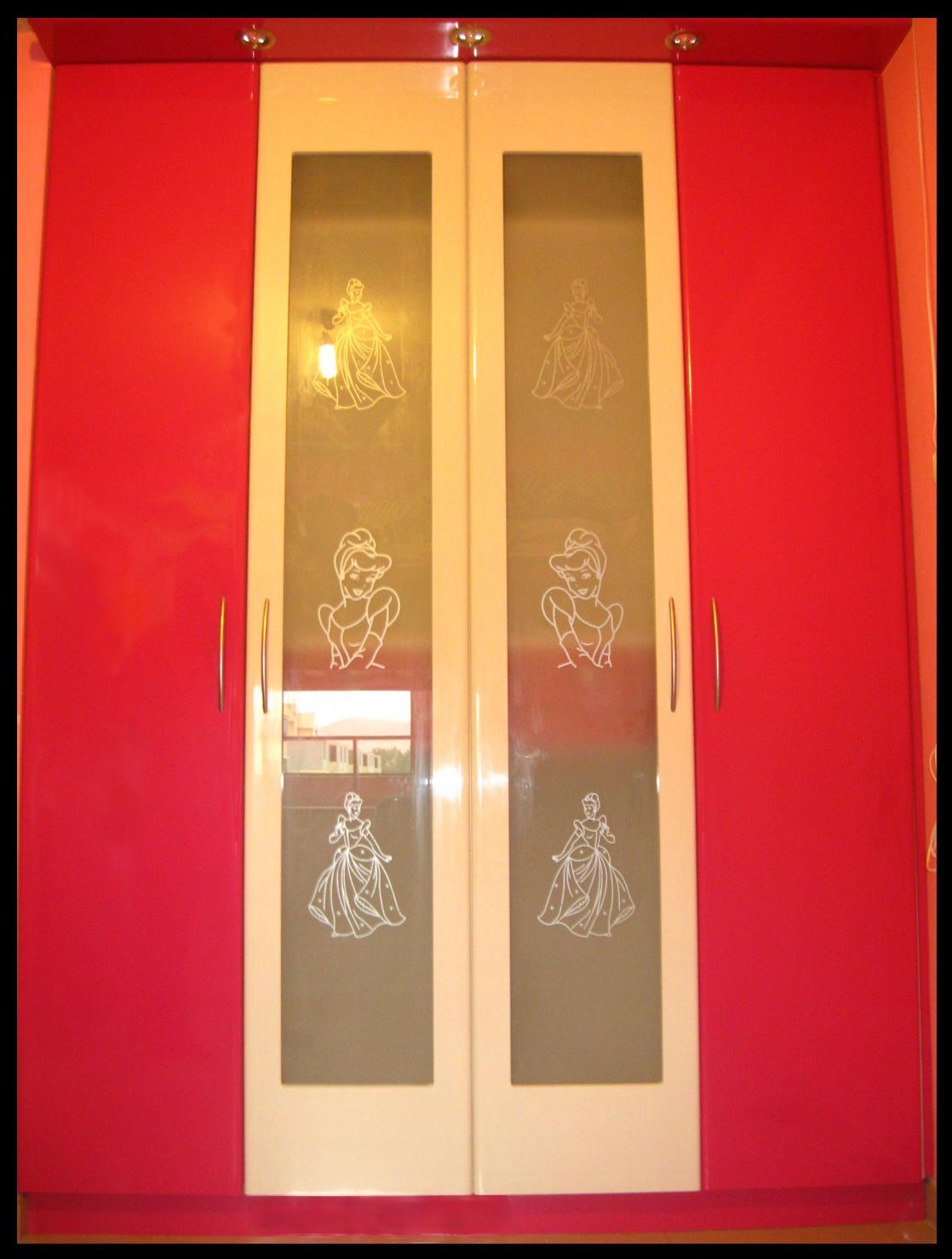 Muebles jose luis chingay closet exclusivo a1 modelo for Modelos de puertas para closet