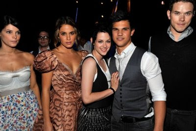 Teen Choice Awards y People's Choice Awards 2009 - Página 3 Normal_011