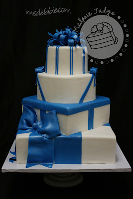 blue white gift cake bow