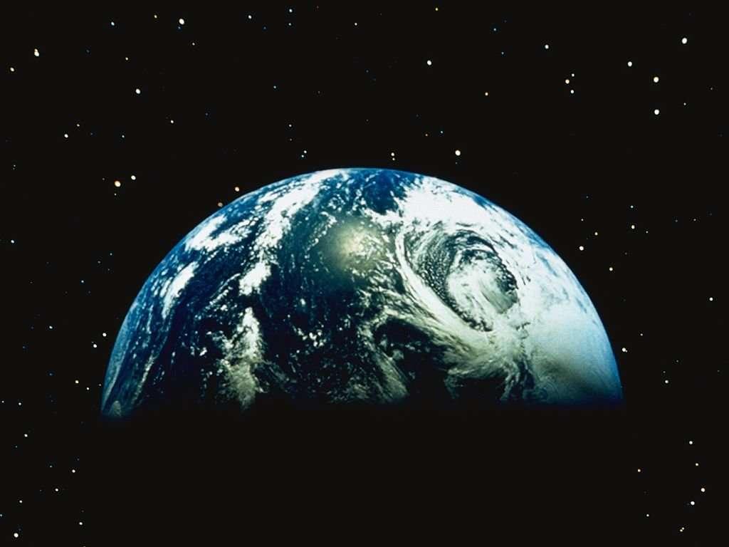 http://3.bp.blogspot.com/_dTfCQJtPA1U/TNLekmxosaI/AAAAAAAAAHg/6k5NabO1vYg/s1600/amazing-earth-wallpaper-640x480.jpg