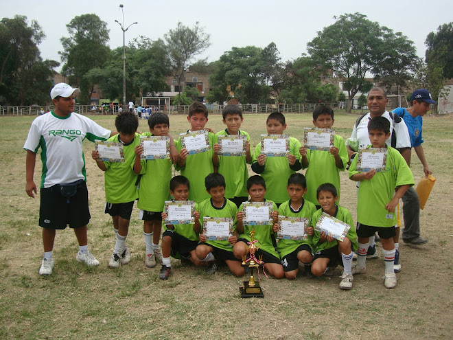 CLUB JUVENTUS CAMPEON CAT 99-2000
