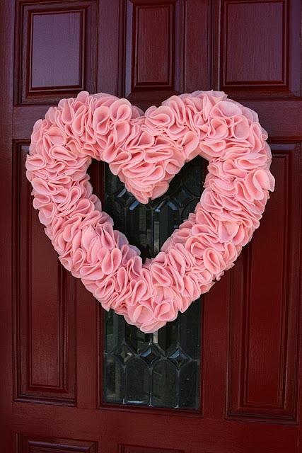 DIY Ruffled Heart Wreath Tutorial - Valentines Day