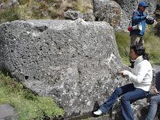 Piedra ceremonial en Cumbemayo 2009