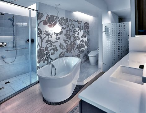 Modern And Luxury Bathroom In Asian Style