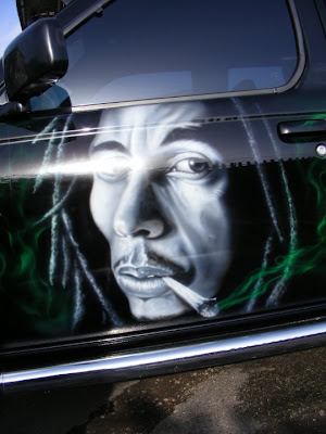 airbrush rasta design