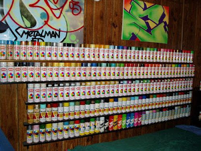 Spray many colors for make graffiti