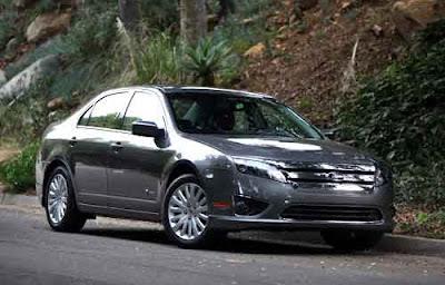 2011 Ford Fusion Hybrid Car 03