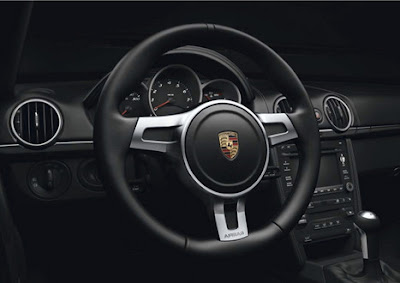 Porsche-Boxster-S-Black-Edition-Dashboard
