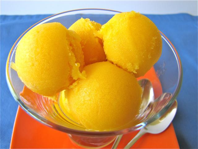Susi's Kochen Und Backen Adventures: Ice Cream Fridays: Mango Sorbet