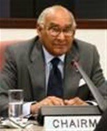Tolentino ve propuestas seminario reorientarían PRD