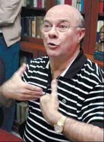 Mejía fustiga a Vargas por elaborar propuestas para la Cumbre al margen del PRD