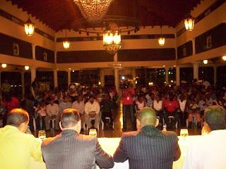 Julio Romero promueve su candidatura a Secretario General del PRD en el Municipio.
