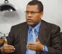 Gómez Mazara y Peña Guaba intiman a Miguel Vargas para que convoque a la Comisión Política