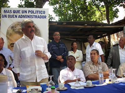 Miguel Vargas exhorta aprobar ley de partidos polìticos