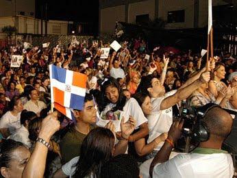 País celebró triunfo de Martha anoche en Latin American Idol