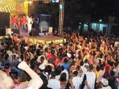 Dominicanos recibirán el año 2010 bailando merengue