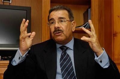 """Danilo Medina dice que reelección de Leonel es """"hipotética"""""""