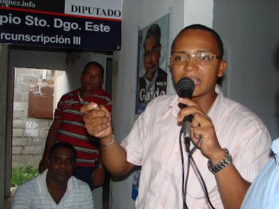 """Adriano Rojas: """"Hipólito Mejia es el mejor activo que cuenta el PRD"""""""