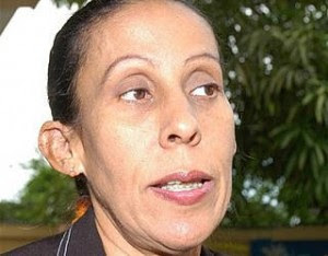 Melanio Paredes pide la renuncia a directora del SEMMA; hoy entrevista exclusiva en El Informe