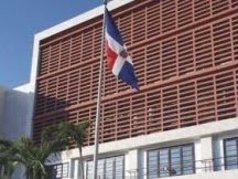 PLD y PRSC firman acuerdo para aprobar Presupuesto del 2011