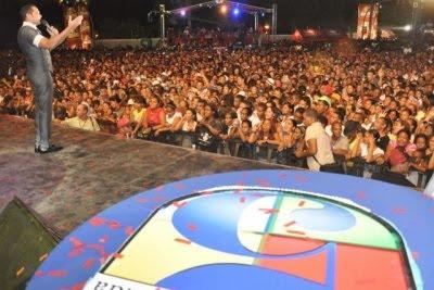 Dominicanos recibirán 2011 a ritmos de merengue, salsa, bachata y rap