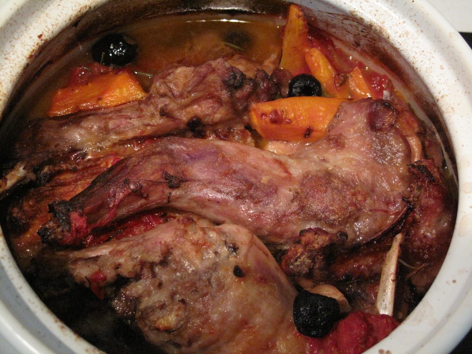 Как приготовить кролика в вине в духовке
