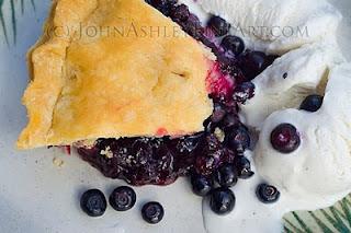 Wild Montana huckleberry pie meets vanilla ice cream (c) John Ashley
