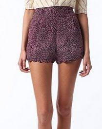 Chiffon Scallop Shorts