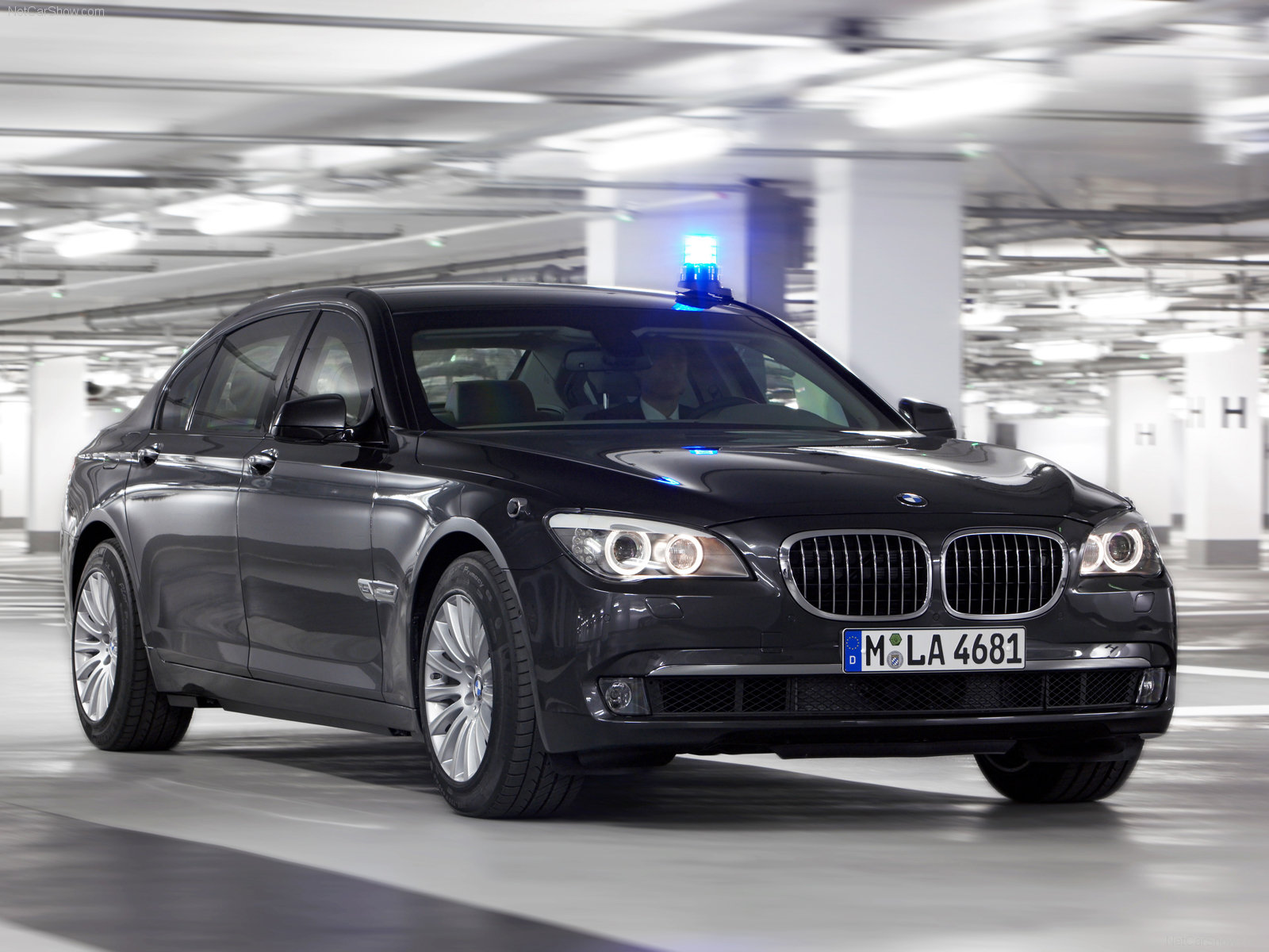 Welcome To The World of Cars: BMW 7-Series High Security sedans