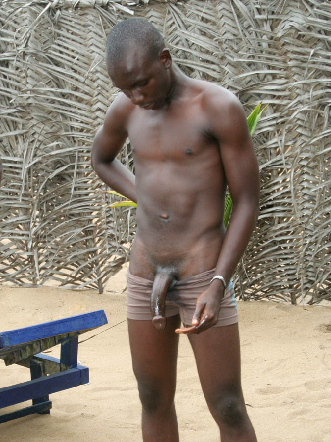 Pedicabo Vos Ego: African guys with cut dicks, shaved heads and no abs