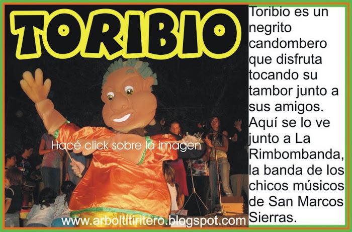 Títeres GIGANTES!!! Toribio, el candombero
