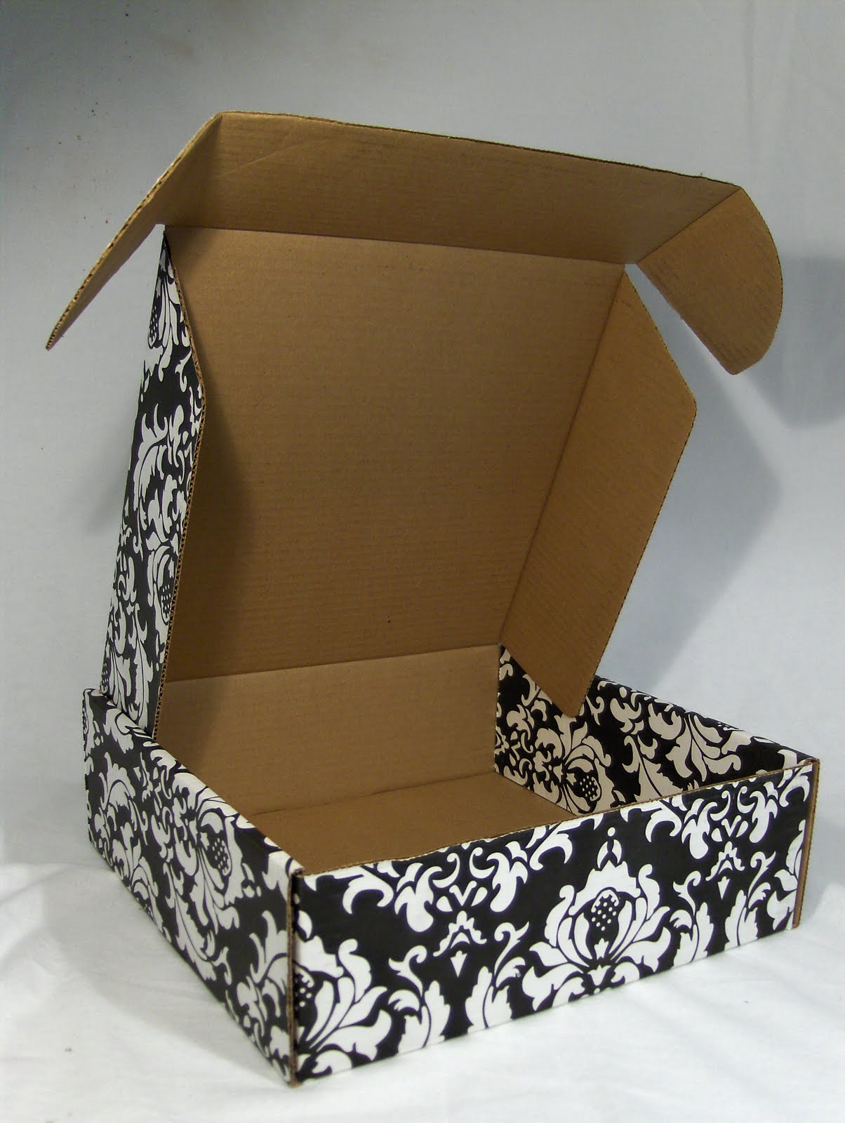 Black And White Damask Favor Boxes : Wedding wednesdays damask boxes packaging store