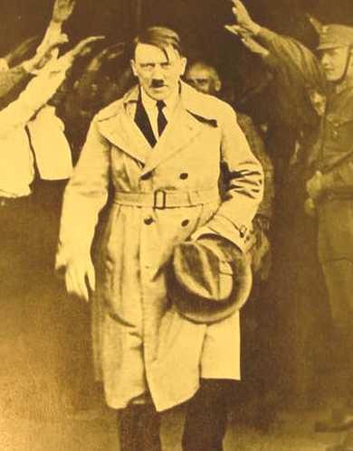 [AdolfHitler.jpg]