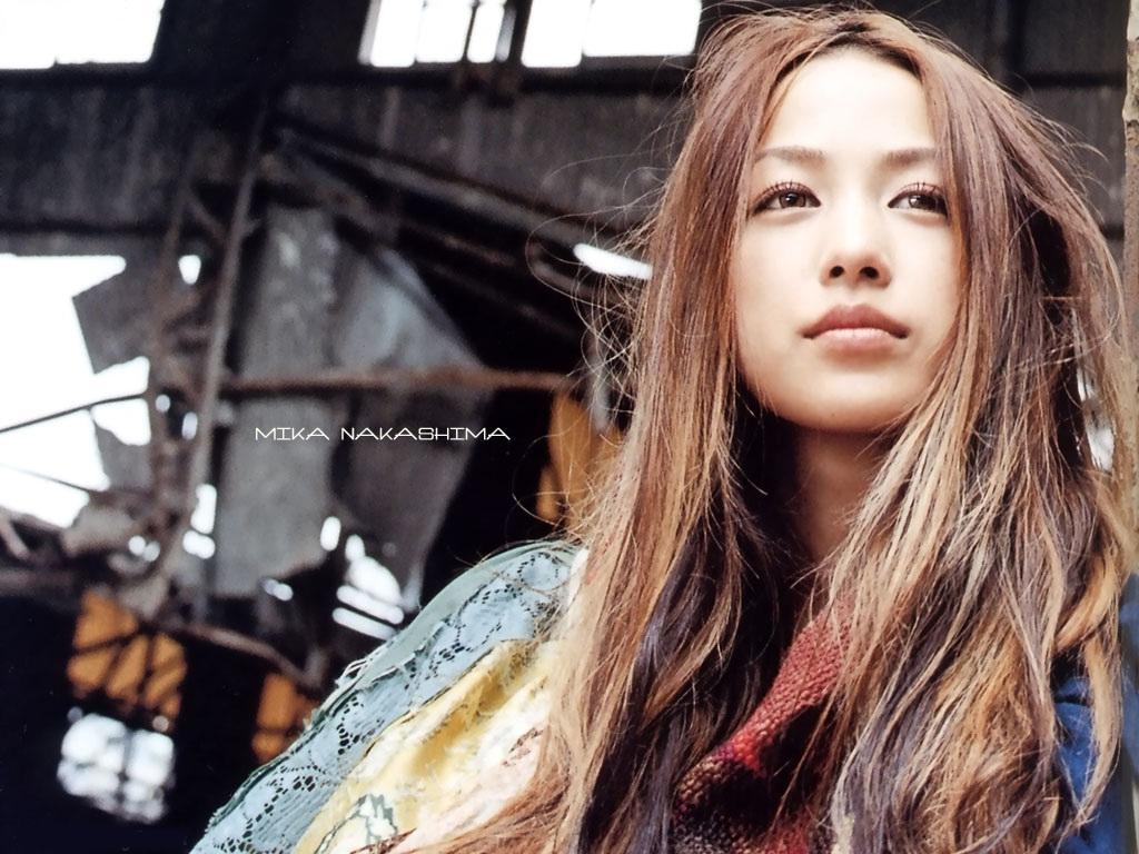 http://3.bp.blogspot.com/_ddeAxQn5JSg/SwkNBT3SgDI/AAAAAAAAAC8/3rCyZylR94g/s1600/mika_nakashima_004.jpg