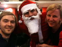 Santa does Delhi with J + C.