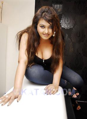 amisha patel naked milky tits images