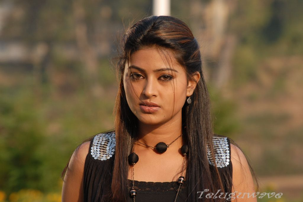 Sneha Tamil Actress Photo Gallery